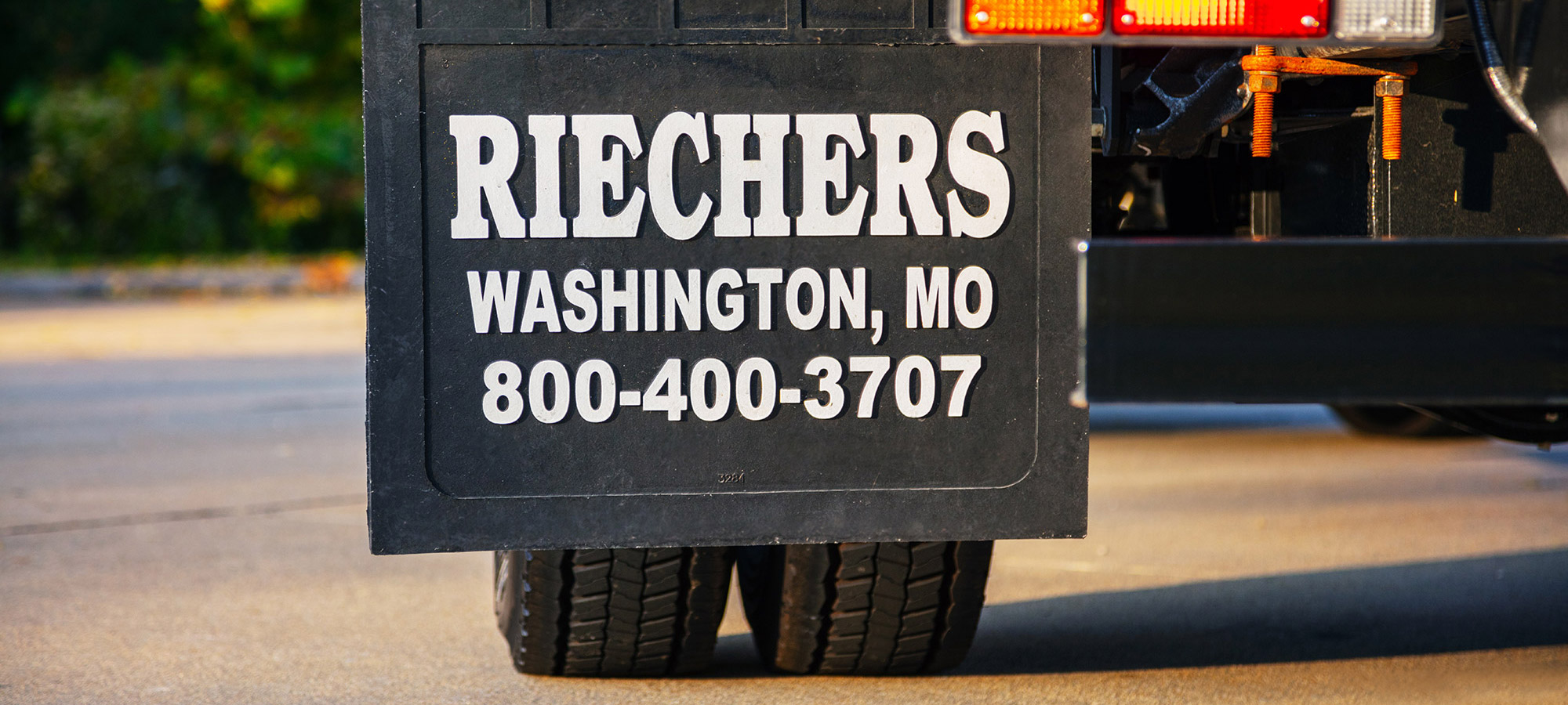 About Riechers Truck Bodies