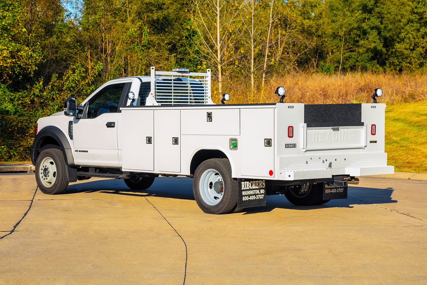 Custom Service Truck Bodies Beds By Riechers Truck Bodies